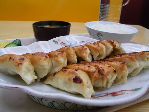 餃子定食(中)