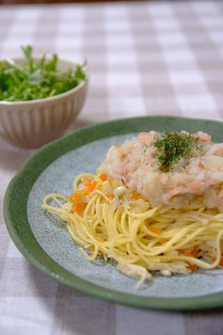 白いミートソーススパゲティ
