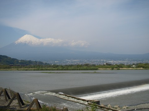 富士川橋と富士山